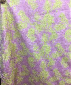 Brocard lila de vanzare