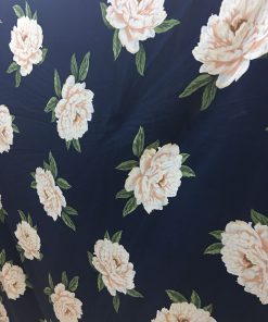 Material textil imprimeu floral
