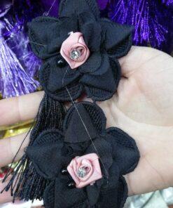 Banda brodata neagra 19319 12 247x296 - Floare brodata cu ciucuri din franjuri