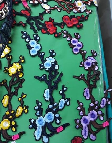 Aplicatie cu flori 12419 6 - Aplicatie termoadeziva Crenguta mare
