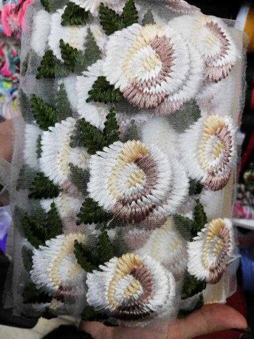 Aplicatie banda cu flori