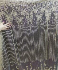 Tiul sclipici rochii