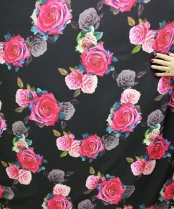 Triplu voal cu trandafiri